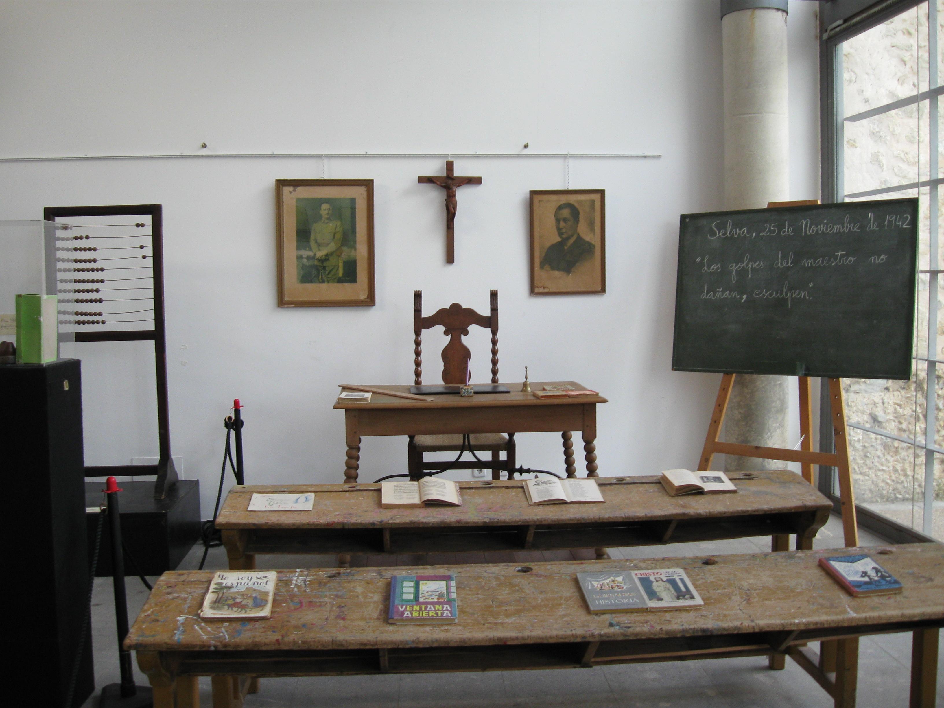 APRENDER A APRENDER: Escuela,educación doctrinaria y respecto ante todo.